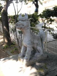御蔵稲荷の狐