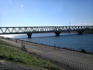 市川橋から江戸川を眺める