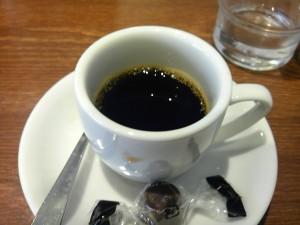 ボンベイのデミタスコーヒー