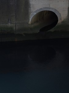 目黒川 排水管
