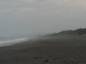 大磯の海2016.9.26 海煙る