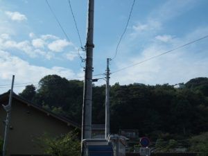 大磯駅前の電信柱