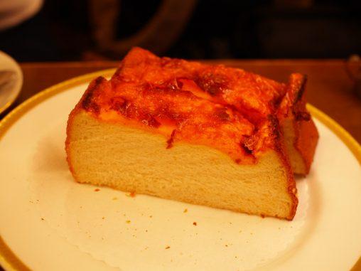 手の込んだチーズトースト
