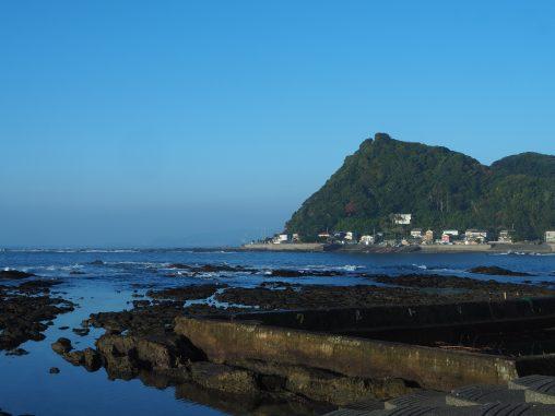宿の前の海岸